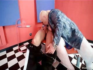 obese mother i doxy doctor lucia blows part1