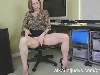 slim d like to fuck betty blaze receives all