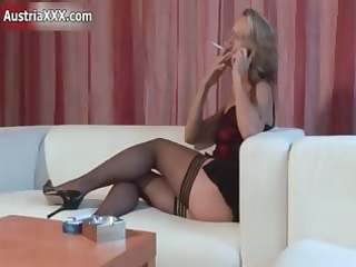 wicked aged whore receives lascivious rubbing