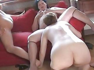 threesome older strumpets making lesbo sex