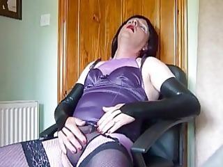 older crossdresser in purple underware masturbates