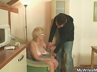 muscled chap fucking his wifes mama