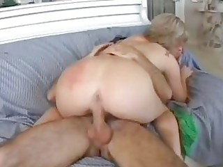 magnetic golden-haired momma with big a-hole