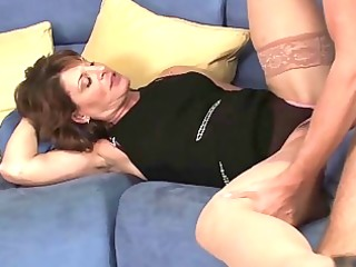 sexy d like to fuck hoe sucks her sons friends