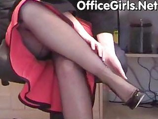 large bumpers d like to fuck secretary in black