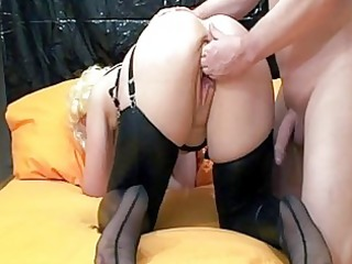 fisting the wifes gaping love tunnel untill she
