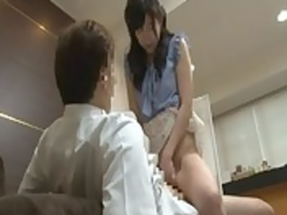 japanese juvenile wife to get foot massage