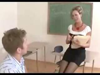 older teacher brandi love