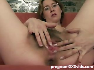 boy joins his fingering preggy wife