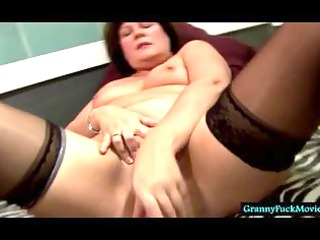 granny cumming with a recent fuck toy