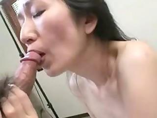 older japanese nobue toyoshima wishes her body