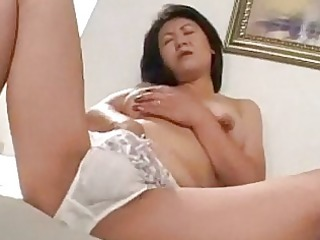 mother i masturbating on the ottoman jerking off
