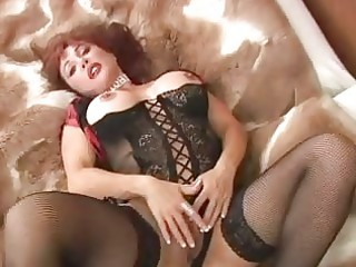 hawt chic d like to fuck masturbating in black