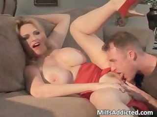 hot large boobed blond milf gets soaked part6