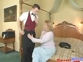 lascivious mother i screwed by waiter