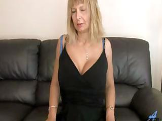 hirsute cunt golden-haired d like to fuck mamma