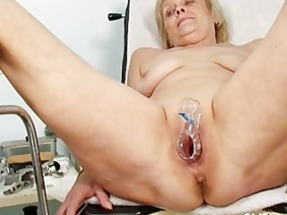 smutty golden-haired granny receives her cunt