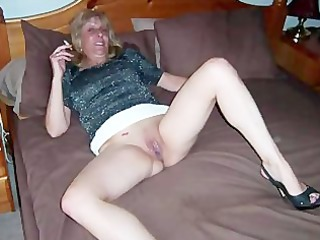 Mature amateur showing off her oral skills while