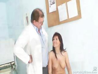 livie gyno d like to fuck pussy speculum exam on
