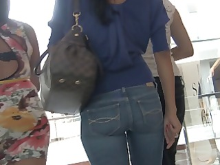 tiny tight mother i arse in jeans