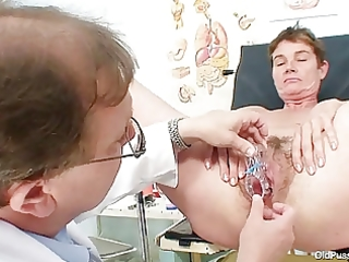 mother i curly bawdy cleft gyno investigation in