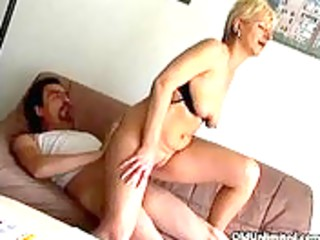 non-professional blond aged mama t live without