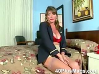 watch this bizarre sexy older brunette hair