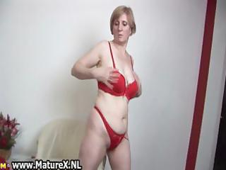 horny old mamma stripping in a hawt part2
