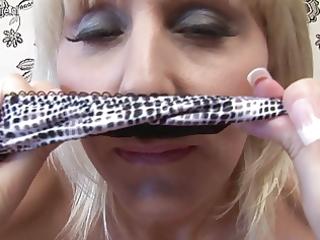 sexy british cougar mama playing with her vagina