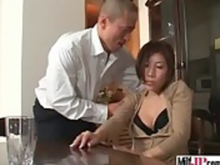 sexy floozy d like to fuck japanese receive