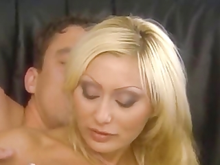 italian golden-haired mamma screwed nicely in the